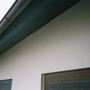 Spinnwebenbeseitigung An Fassade, 2