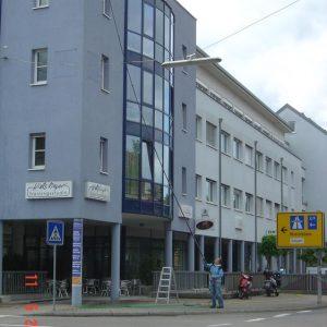 Glas Fassade2.jpg